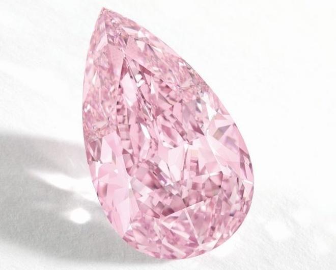 Różowy diament pobije rekord sprzedaży kamienia szlachetnego?