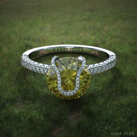 pierścionek zaręczynowy z motywem piłki tenisowej marki Rare Pink z 2-karatowym żółtym diamentem fantazyjnym, brylantami, wykonany w platynie